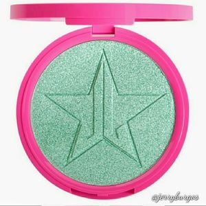 OFFERS 👍New Mint Condition by Jeffree Star